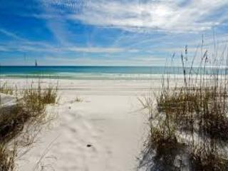 """""""14 Gulfbreeze Court"""" Townhome close to the Jetties, Snorkel and Fishing Paradise!! - Image 1 - Destin - rentals"""