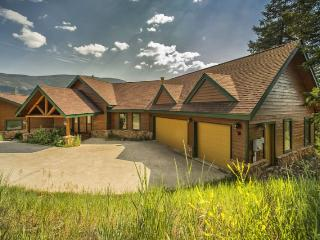 Retreat at Summerwood - Completely remodeled, high end furnishings, recreation room! - Summit County Colorado vacation rentals