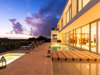 Beaches Edge Anguilla: Luxury Villas, Priced Right - Anguilla vacation rentals