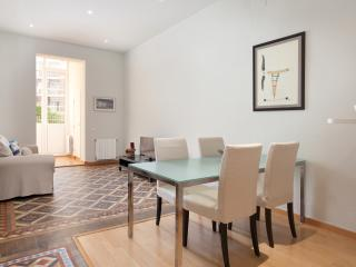 LetsGoBarcelona Center with private terrace! - Barcelona vacation rentals