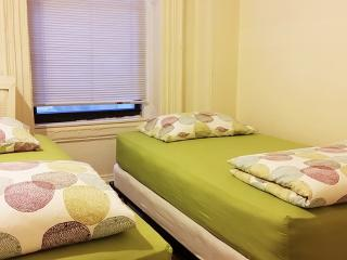 Renovated Empire 2BDR on 36st 3R - New York City vacation rentals