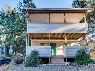 Ecola Park Cottage - Cannon Beach vacation rentals
