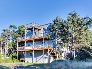 Upper level, pet-friendly home - Pacific views & hot tub! - Rockaway Beach vacation rentals