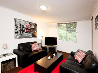CUNNINGHAM TERRACE - ONE BEDROOM - Cottesloe vacation rentals