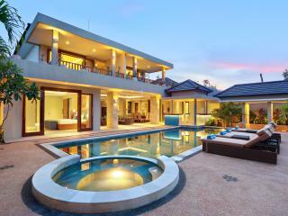 """J"" Villa    SEMINYAK/CANGGU - Bali vacation rentals"