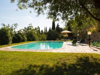Farmhouse with sw.pool, terraces, stunning view - Bibbiena vacation rentals