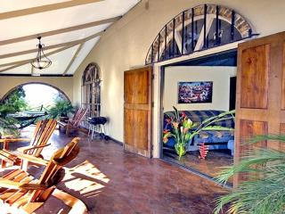 Traditional Jungle Villa, Nature Lovers' Retreat, Enormous Pool - Manuel Antonio vacation rentals