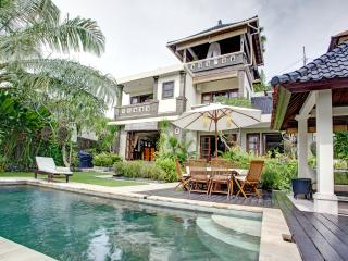 Luxury Villa in Southern Bali.Peaceful,Lush,Homey - Bukit vacation rentals