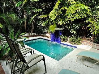 Villa Paradiso: A unique mid-town paradise - Key West vacation rentals