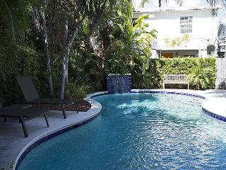 Pete's Cottages: Twin Cypress cottages steps from Duval - Key West vacation rentals