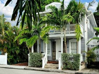 Louisa House: A comfortable four bedroom vacation hideaway - Key West vacation rentals