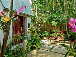 Namaste : A blissful one bedroom cottage designed with relaxation in mind. - Florida Keys vacation rentals