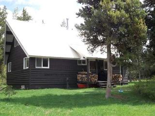 Stewart Little has a secret path to the Henry's Fork River. - Island Park vacation rentals