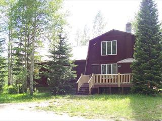 Aspen Shadows is less than 20 minutes to Yellowstone National Park - Island Park vacation rentals