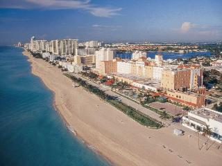 HBR555 - Located on Hollywood Beach Broadwalk - Hollywood vacation rentals