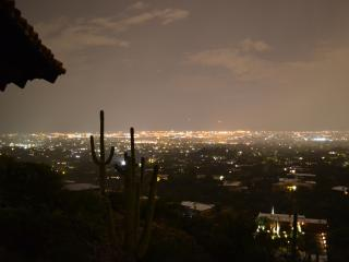 King of the hill in Tucson! - Tucson vacation rentals