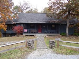 Country Oaks Lodge - Sevier County vacation rentals