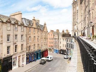 Midbow Apartment - Edinburgh vacation rentals