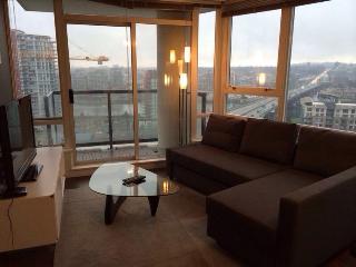Central & Modern 2BR +2BA Condo!!! - Vancouver vacation rentals