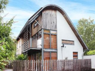 South House - In the centre of Winchester - Winchester vacation rentals
