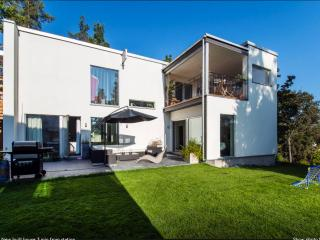 Exclusive new built house - 300m from station - Stockholm vacation rentals