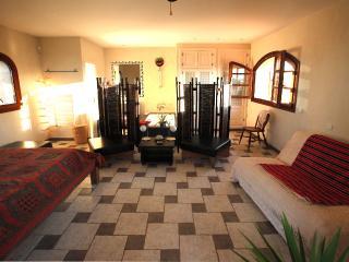 LOFT avec terrasse privée et superbe vue du campo - Santanyi vacation rentals