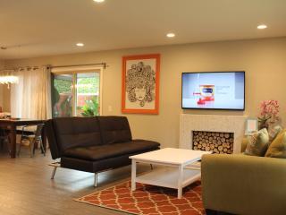 Wow Suite 2, Pool/Spa Walk 2 Disneyland/Convention - Anaheim vacation rentals