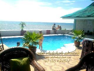 George and jimmy Whalewatching Resort - Sandugan vacation rentals