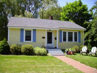Camden cottage near ocean and downtown. - Lincolnville vacation rentals