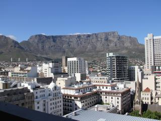 Modern Luxury 2 bedroom apartment  with stunning v - Cape Town vacation rentals