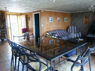 Amplia y comoda casa, muy equipada en el Quisco - El Quisco vacation rentals