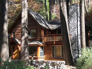 BURNT MILL CANYON COTTAGE, IMMACULATE, JUST FOR 2 - Loma Linda vacation rentals