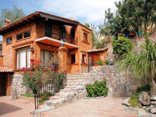 Villa Alta Dos - Central Mexico and Gulf Coast vacation rentals