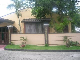 Furnished Rooms for rent in a big bungalow - Bacolod vacation rentals