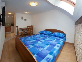 Apartment Jadro 2 - Split vacation rentals