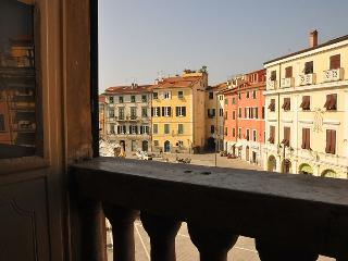BnB Matteotti - Sarzana vacation rentals