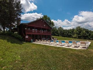 Hocking Hills Hilltop Lodge Rental - Ohio vacation rentals