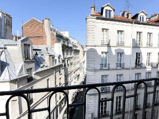 Classic THE KEY TO MY HEART **** - Paris vacation rentals