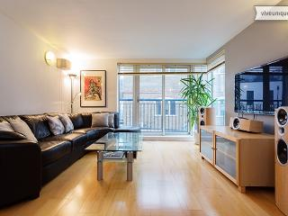 Sleek 2 bed by The Shard, London Bridge - London vacation rentals