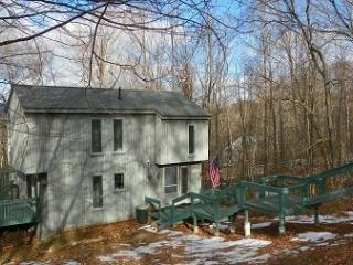 Waterville Estates Vacation Rental sleeping 10 with passes to Recreation Center! - Campton vacation rentals