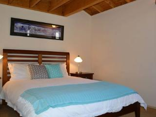 BLUE-BIRD CHALET - Tawonga South vacation rentals