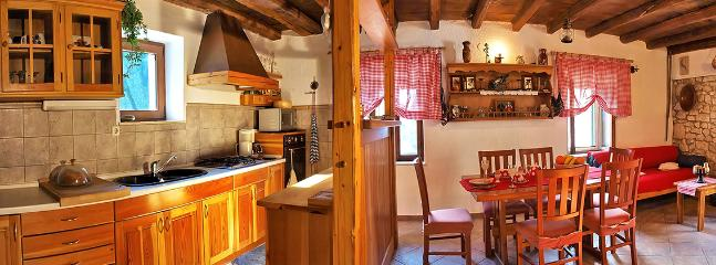 House Petar - 30571-K1 - Image 1 - Omis - rentals