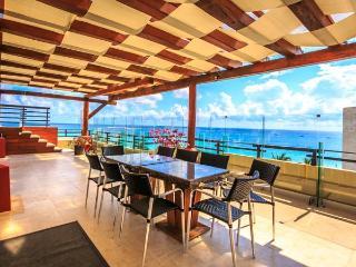 Aldea Thai Penthouse 305 - Aldea 305 - Playa del Carmen vacation rentals