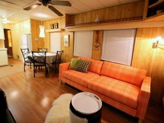 Mod mini house in a natural hot springs resort - Yucca Valley vacation rentals