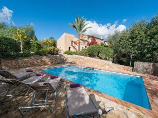 BAIX DOR - 0488 - Cala Mandia vacation rentals