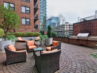 Stay Alfred Downtown Blocks to the Waterfront EX2 - Portland vacation rentals