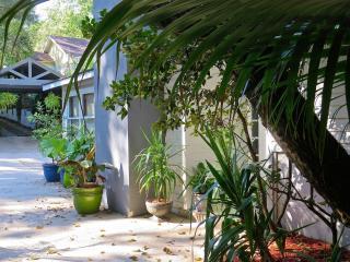 Mid-Town Pool House/Cabana - Tallahassee vacation rentals