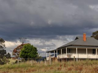 Clovelly House - Corryong vacation rentals