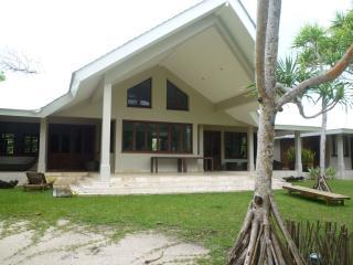 Beach Villa 'GUDFELA PLES', White Sands, Vanuatu - Vanuatu vacation rentals