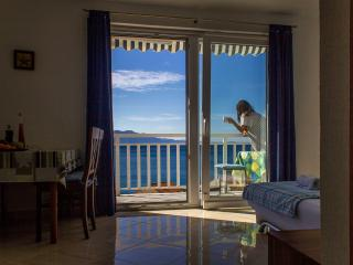 Comfort apartment, beautiful sea view - Drvenik vacation rentals